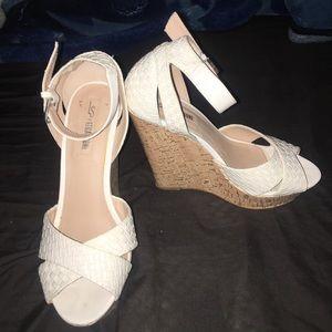 ‼️BOGO SPECIAL‼️Women's Size 8.5 Wedge Sandals